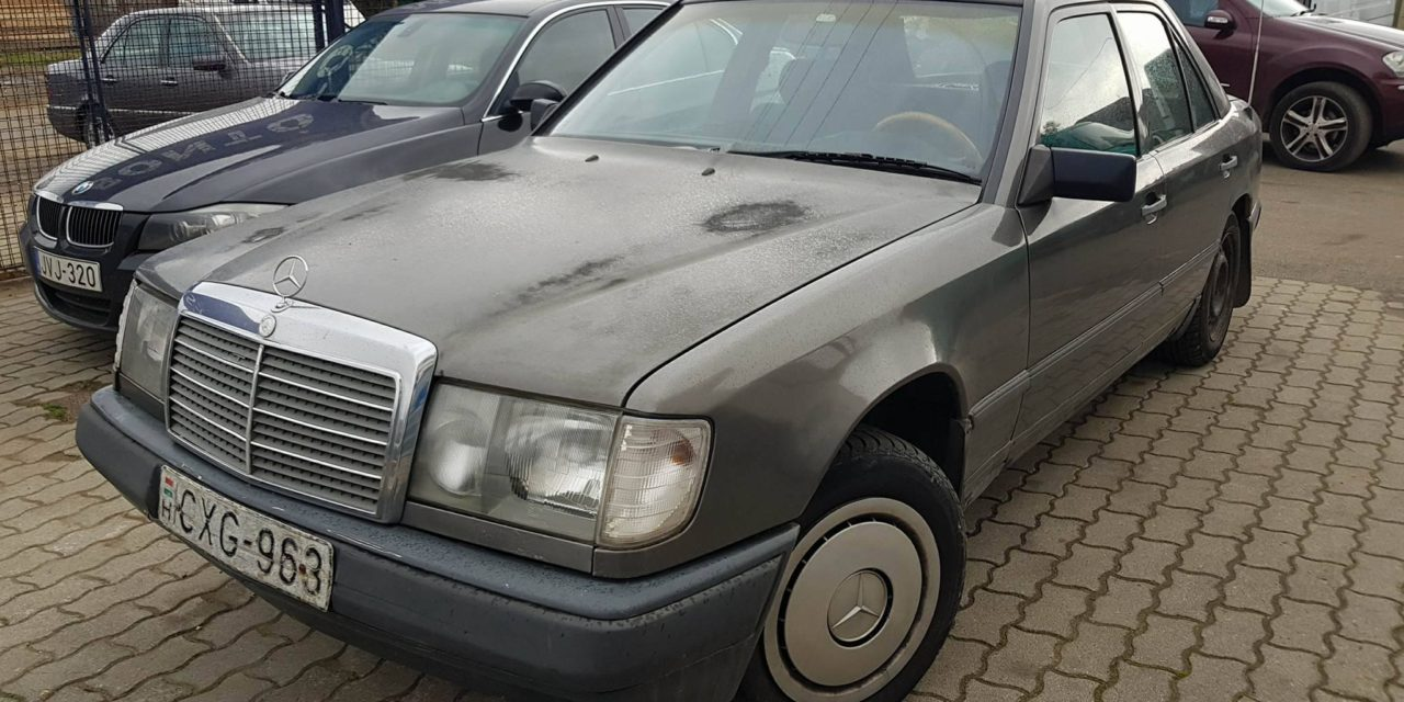 MERCEDES E W124 BONTOTT ALKATRÉSZEK